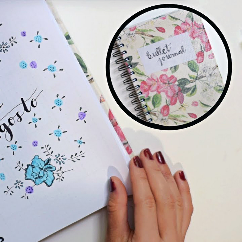 Bullet Journal Galaxy de fractales